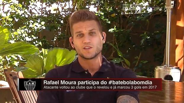 Pressão da torcida, horas no vestiário e até cabelo de Tevez : Rafael Moura relembra passagem pelo Corinthians