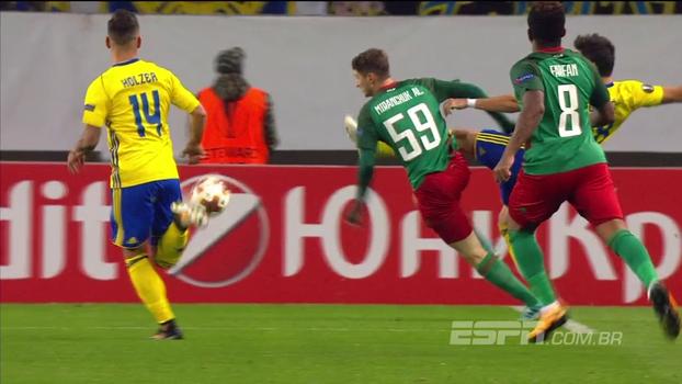 Mesmo tomando chute na cara, Lokomotiv faz 3 gols em 16 minutos e bate o Zlin; veja os gols