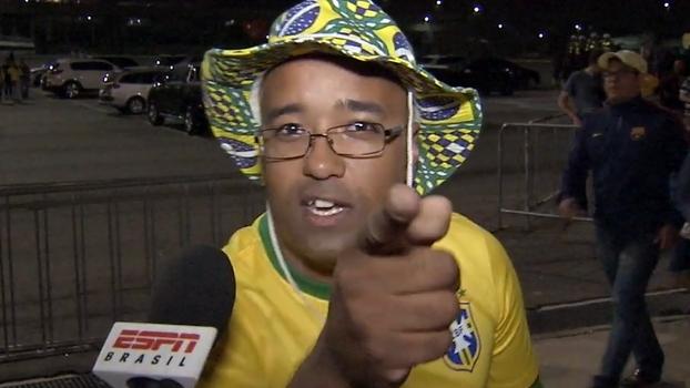 Tite é chamado de presidente, gato, curandeiro e até Deus por torcedores brasileiros