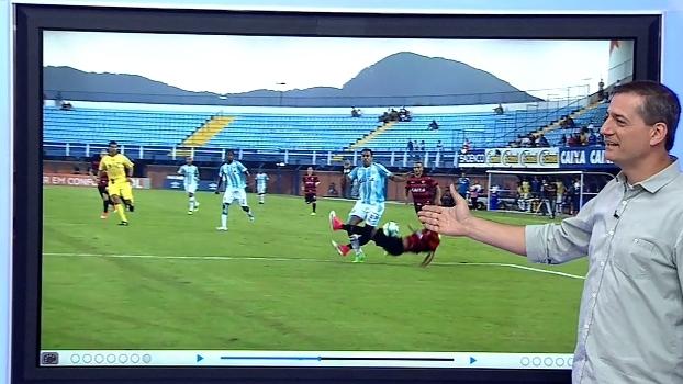 Sálvio analisa lance de 'muito pênalti' não marcado para o Avaí: 'Não vai na bola'