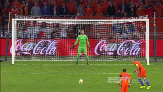 Confira os melhores momentos de Holanda 2 x 0 Suécia