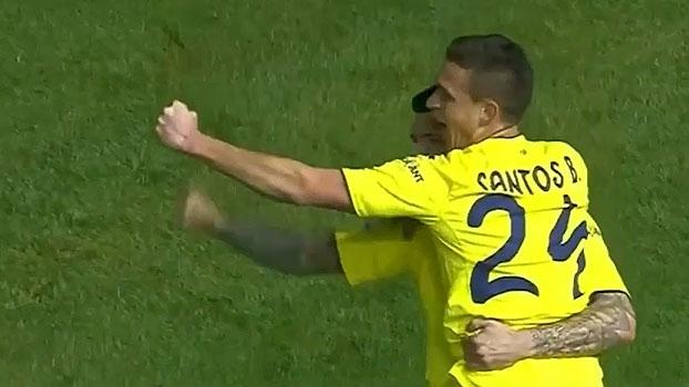 Em jogo com polêmicas, Villarreal vence lanterna e encosta na briga por Champions