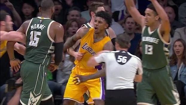 Após falta, jogadores de Lakers e Bucks trocam empurrões e 3 são expulsos