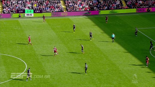 Tempo real: Solanke e Robertson 'bombardeiam' goleiro do Crystal Palace