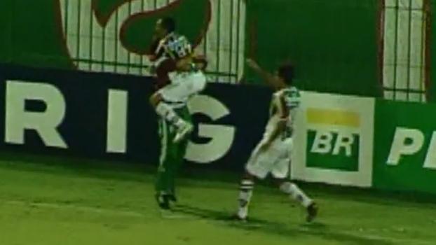 Volante Marcão anotou dois gols, Leandro fez no final e Flu venceu Ponte Preta por 4 a 3 em 2005