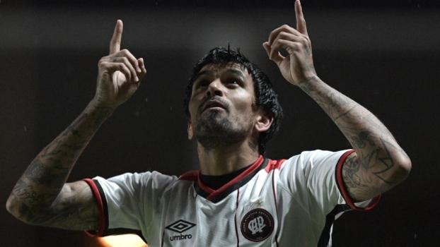 'O Atlético-PR se recuperou da bobagem que tinha feito em casa', diz Unzelte