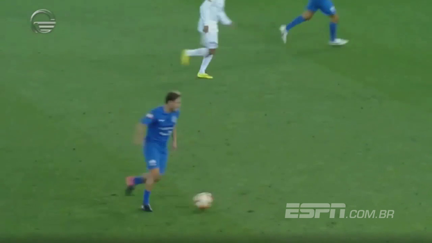 Que pancada! Francesco Totti anota um golaço em amistoso