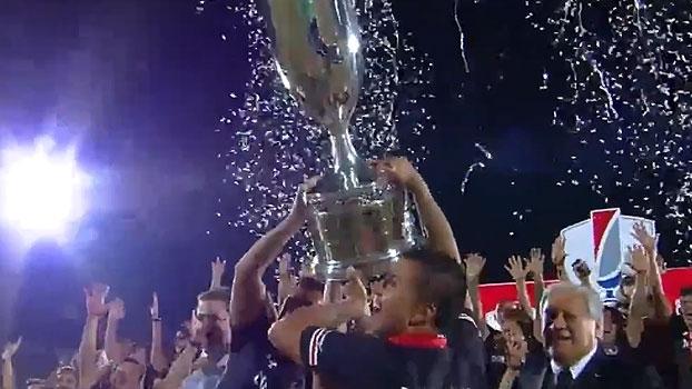 Colo-Colo goleia na final, fatura a Copa do Chile e garante vaga na Libertadores