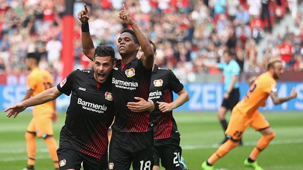 Brasileiro faz de pênalti, Bayer Leverkusen empata com Hoffenheim e faz primeiro ponto na Bundesliga