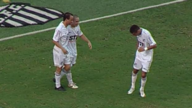 Com show de Neymar e Madson, Santos atropelou Coritiba em 2009; relembre
