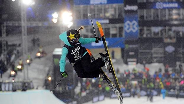 Ski Superpipe: Maddie Bowman acerta manobra nunca antes feita por mulheres e leva ouro