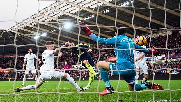 Resultado de imagem para Arsenal x Swansea