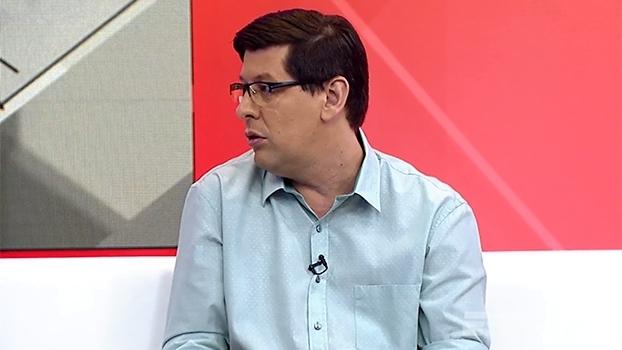 Unzelte diz que elenco do Vasco é 'curto' e analisa: 'Na Série A, vai correr risco de novo'