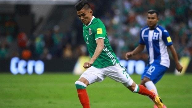 México não encontra dificuldades, vence Honduras e dispara na liderança das Eliminatórias