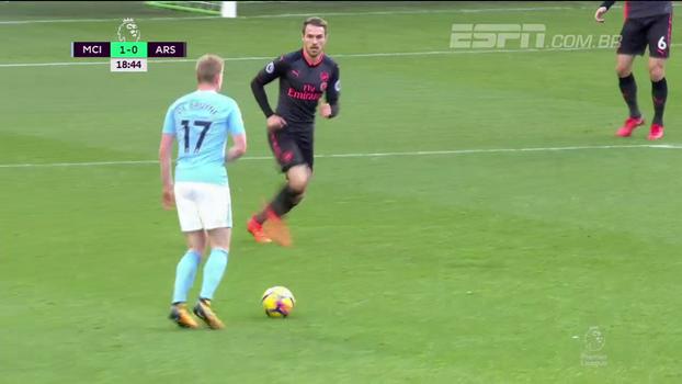 Tempo real: GOL do Manchester City! Depois de bela defesa de Cech, De Bruyne tabela com Fernandinho e abre o placar