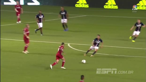 Revelado pelo São Paulo, Juninho aproveita corta luz de Schweinsteiger e faz golaço na MLS