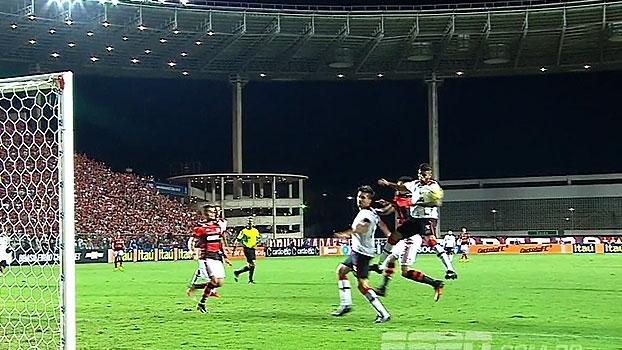 Tironi e Nicola analisam se teve pênalti não marcado para o Flamengo