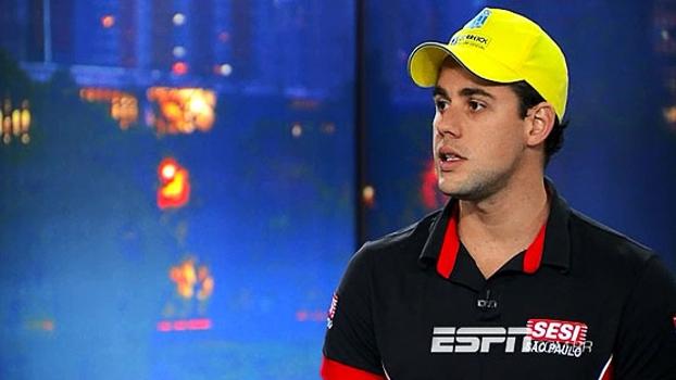 No 'Juca Entrevista', Thiago Pereira comenta casos de doping no esporte e conta como são feitos os testes