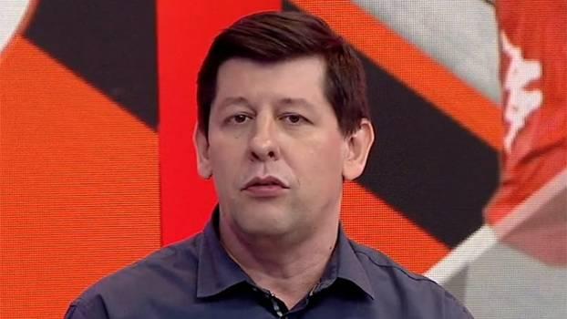 Celso Unzelte analisa má fase do Vasco: 'O problema do time é a inoperância no ataque'