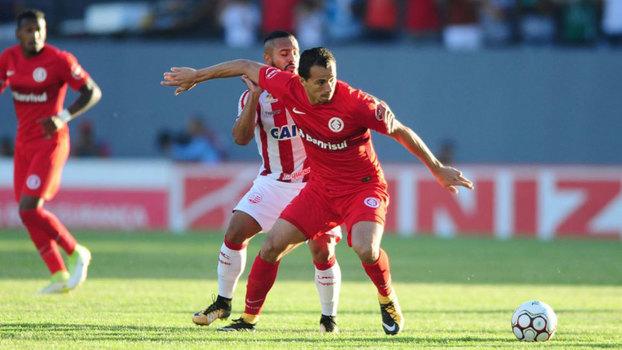 Assista ao gol da vitória do Internacional sobre o Náutico por 1 a 0!