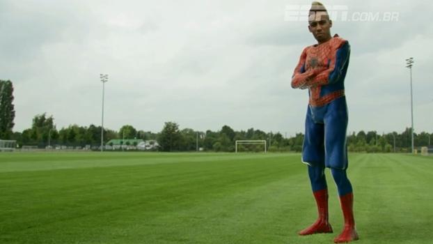 Aubameyang de Homem-Aranha! Craques da Bundesliga viram super-heróis