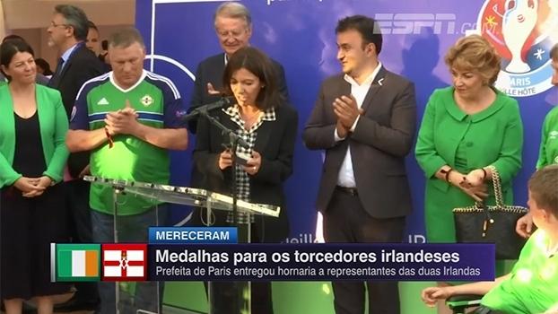 Prefeita de Paris concede medalha a torcidas de Irlanda e Irlanda do Norte