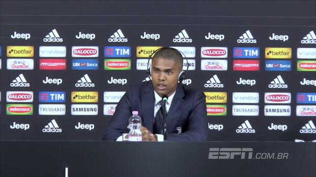 Douglas Costa  projeta dupla com Higuaín na Juventus: 'Vamos marcar muitos gols juntos'