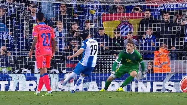 Goleiro ex-Real falha, mas Espanyol vence Las Palmas em jogo de 7 gols