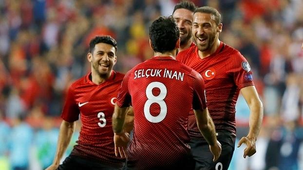 Confira os melhores momentos da vitória por 2 a 0 da Turquia sobre a Finlândia