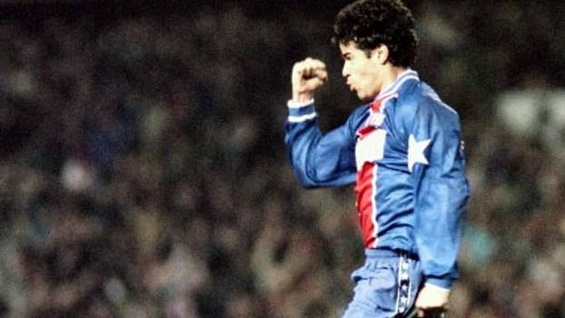 Champions 94/95: PSG empatou com Barça no Camp Nou e foi à semi ao vencer na França