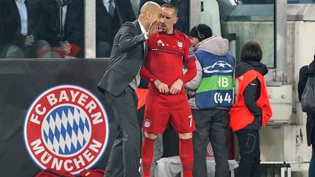 Pep Guardiola responde críticas de Franck Ribéry: 'Eu aprendi muito'
