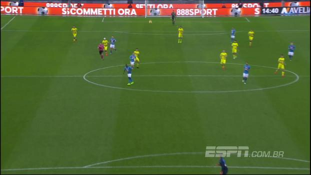 Em contra-ataque, Radovanovic surpreende goleiro do Napoli e por muito pouco não marca gol do campo de defesa