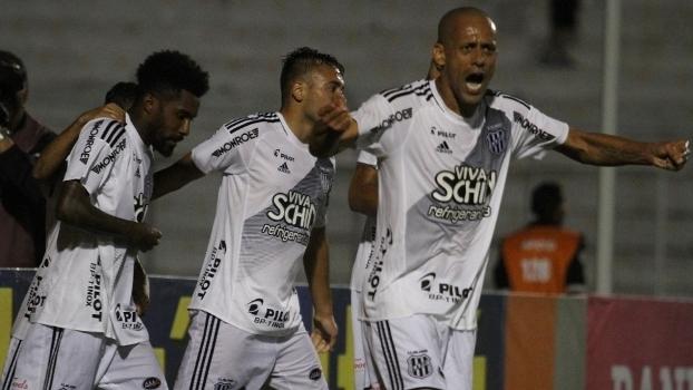 Brasileiro: Gols de Ponte Preta 2 x 0 Vitória