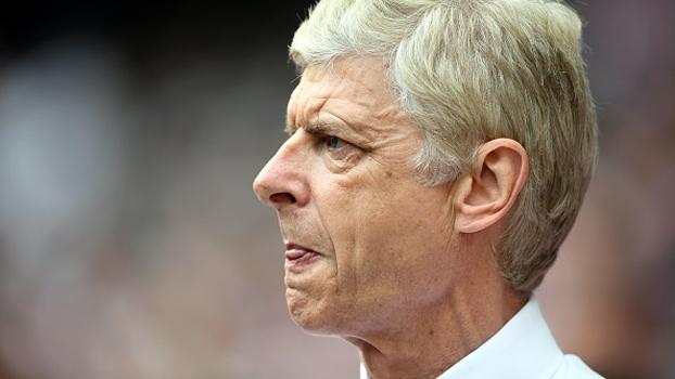 Com torcida dividida, história de Wenger no Arsenal ganha capítulo oficial: mais 2 anos de contrato