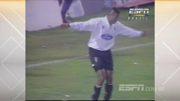 Viola marcou, fez dancinha excêntrica e Valencia goleou Barcelona em 1996
