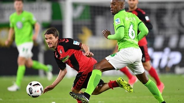 Freiburg bate Wolfsburg fora de casa e se recupera após 3 jogos sem vencer