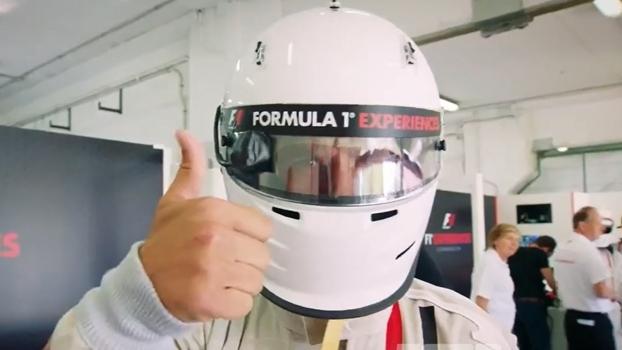 Puyol aproveitou a corrida na Espanha e deu uma voltinha de Fórmula 1, veja!