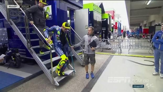 Três semana após fraturar a perna em dois lugares, Valentino Rossi já está correndo de novo