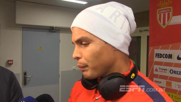 Thiago Silva deixa cobranças de pênaltis nas mãos de Neymar: 'Pode deixar o próximo para Cavani ou Mbappé'