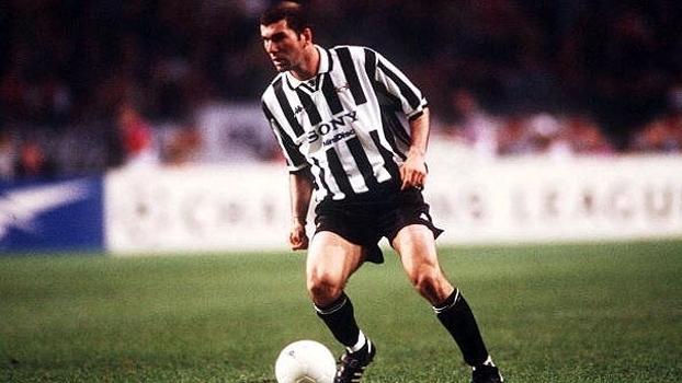 Em 1997, Juventus de Zidane e Vieri enfiou seis no Milan de Baresi em pleno San Siro