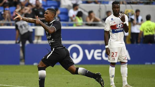 Francês: Gols de Lyon 3 x 3 Bordeaux