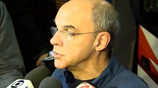 Após eliminação do Flamengo, presidente prefere falar de política, não de futebol