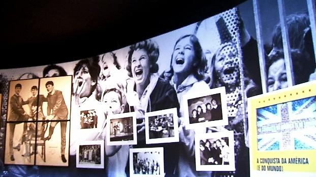 Casa da Premier League, ESPN visita exposição 'Beatlemania Experience' em São Paulo