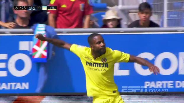 Bakambu faz dois, Bacca marca mais um e o Villareal bate o Alavés fora de casa
