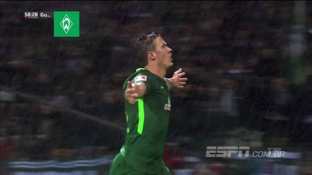 Werder Bremen goleia Hannover, conquista 1ª vitória na temporada da Bundesliga e deixa zona de rebaixamento