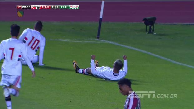 Com golaço de falta, São Paulo bate Fluminense no Morumbi pelo Brasileiro sub-20