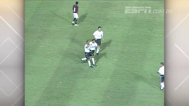 Liedson fez 'apenas' quatro gols, e Corinthians goleou Vitória em 2003