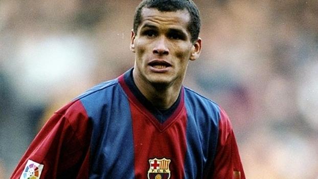 Com gols de Rivaldo e Figo, Barcelona atropelou Bilbao em 1999; relembre
