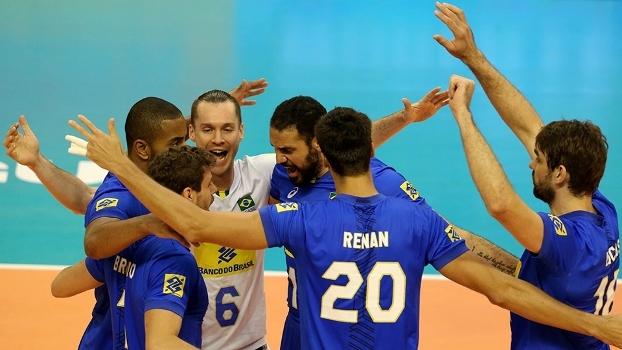 Brasil vence atuais campeões mundiais por 3 a 1 na Liga Mundial de Vôlei