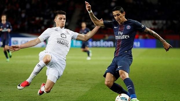 PSG sofre gol no último minuto e se despede do Francês com empate em casa